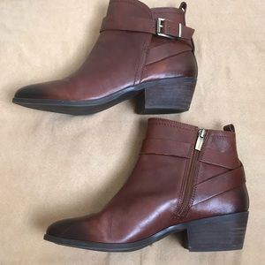 Vince Camuto Peamer Leather Ankle boots Size 8.5M